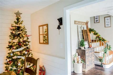 holiday home tour classic christmas decor warm cozy rustic farmhouse christmas home tour 2015
