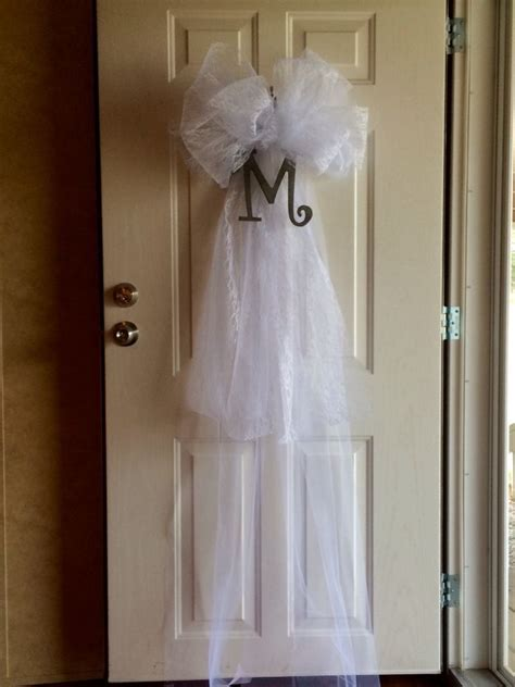 Wedding veil door decoration for Brook's shower   Projects