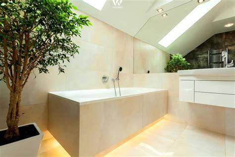 Beleuchtung Badewanne by Besonders Abends Wirkt Diese Indirekte Beleuchtung Unter