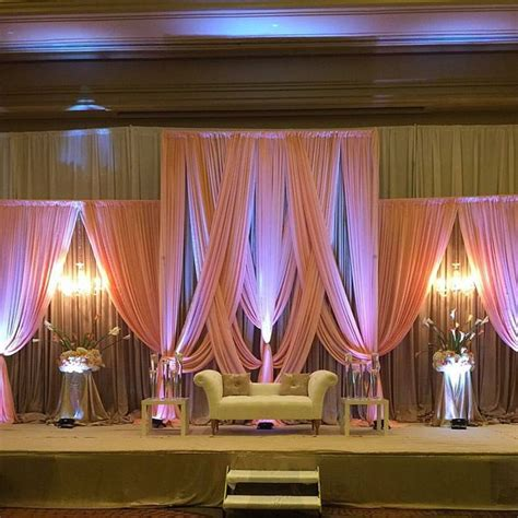 Wedding Backdrop Modern by 1000 Ideas About Wedding Stage Backdrop On