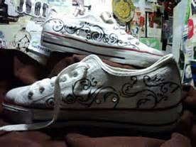 Cat Sepatu Bahan Kanvas graphicphotlot graphicphotlot sepatu lukis
