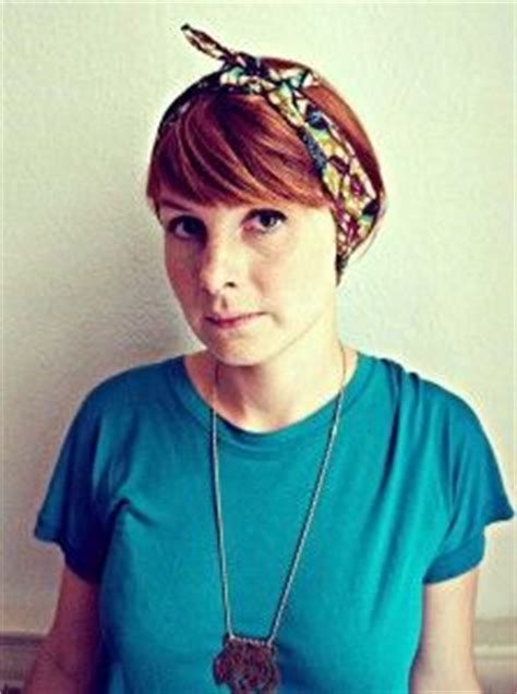 how to wear bandanas with bob hairstyles short hair bandana on pinterest bandana hairstyles