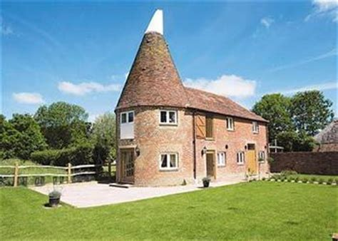 oast house the oast house ref paal in smarden kent pet friendly cottage weekend and short