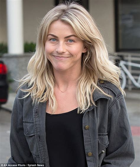 does julianne hough have thick hair what type of hair does julianne hough have