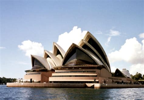 World Famous Architects | 20 exles of famous architecture of the world art and