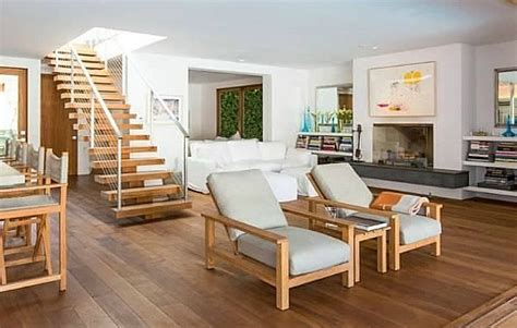 pamela anderson s house in malibu hooked on houses