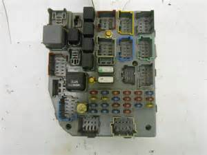 junction relay block fuse panel jeep grand 98 5 2