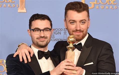 golden globe penghargaan bergengsi untuk dunia perfilman dan sam smith jadi musisi satu satunya yang menang di golden