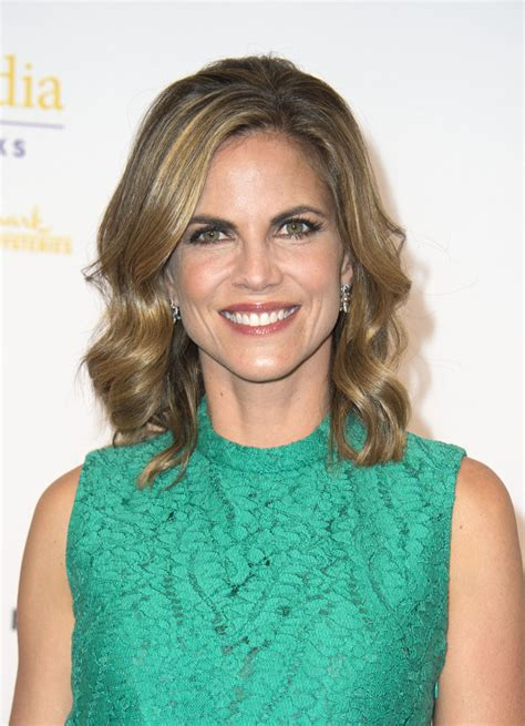 natalie morales haircut 2015 natalie morales hairstyle newhairstylesformen2014 com