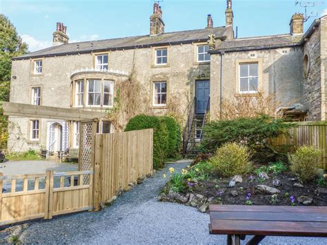 a suite of four whitefriars whitefriars lodge family friendly in settle ref 913118 4 br vacation cottage for rent in
