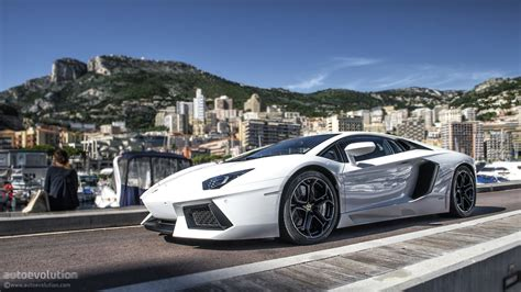 white lamborghini aventador wallpaper lamborghini aventador coupe cars supercars white wallpaper