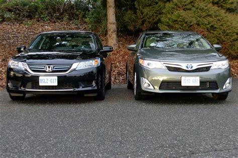 Honda Accord Compared To Toyota Camry Comparison Test 2014 Honda Accord Hybrid Vs 2014 Toyota