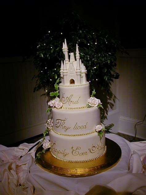 Disney Wedding Cake by Disneyland Wedding Dreams Disney Wedding Cake Ideas