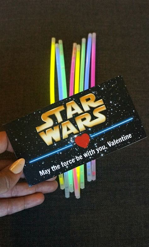 Star Wars Printable Valentines: Lightsaber Glow Stick Valentines Cards