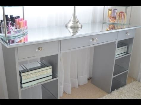 Makeup Vanity With Drawers On Both Sides Diy Mirrored Vanity