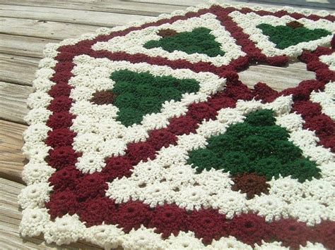 best 25 crochet tree skirt ideas on pinterest christmas