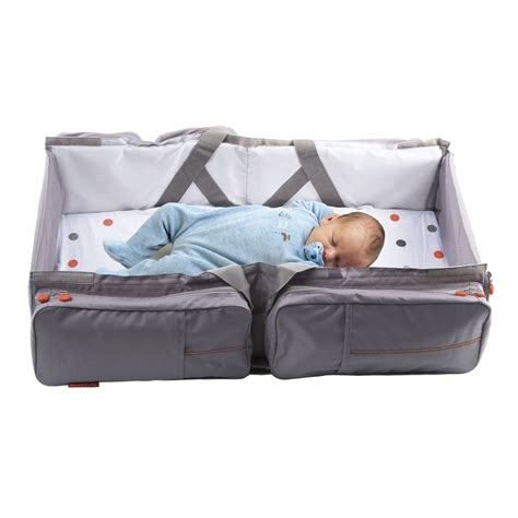 baby travel bed buy baby travel nursery bag and carry cot now 149 90 free