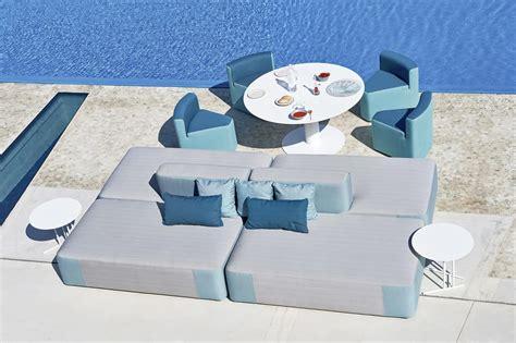 divanetti per esterni divano modulare imbottito in legno okum 232 per esterno