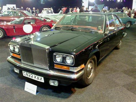 rolls royce camargue 1 photo and 63 specs autoviva