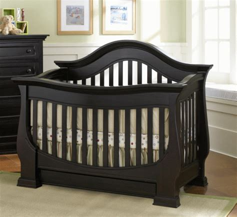 Baby Crib by Furniture Designs