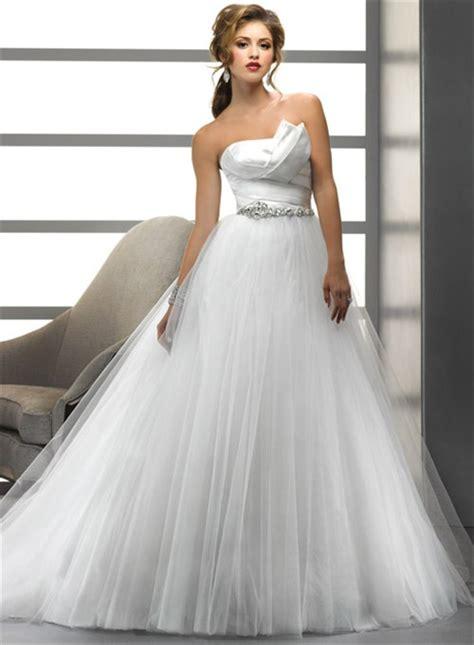 simple  lineprincess asymmetrical beading crystals tulle wedding dress