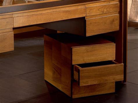 ufficio catasto bologna cassettiera ufficio in legno massello con ruote elettra