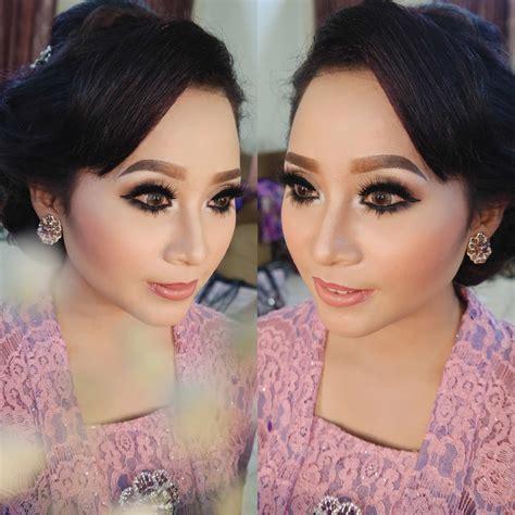 Make Up Jogja amry professional make up artist wedding pre