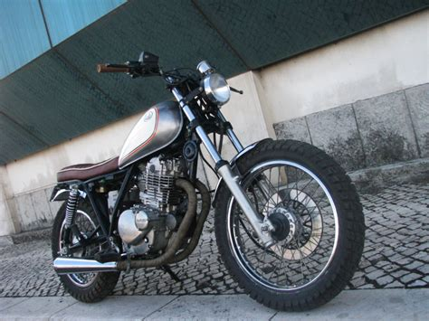 Suzuki Gn250 Specifications 1000 Images About Suzuki Gn250 And Cafe Racer Inspiration