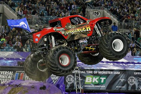 monster truck jam jacksonville jacksonville florida monster jam february 22 2014