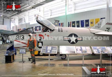 vought f 8 crusader development vought f 8 crusader carrier borne naval fighter aicraft image pic12
