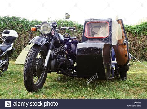 Classic Bmw Motorrad by Vintage Classic Bmw Motorrad Mit Beiwagen Stockfoto Bild