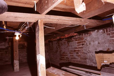 Repair Floor Joist How To Fix A Squeaky Floor Buildipedia