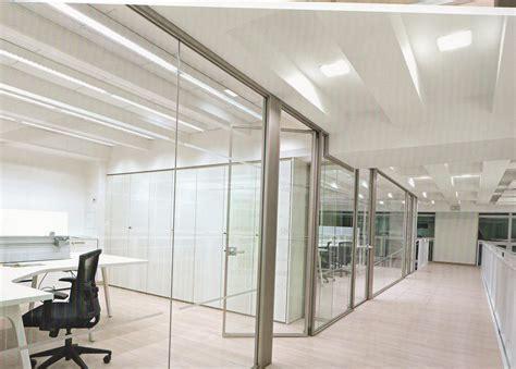 arredo pareti pareti divisorie in vetro intelaiato pareti divisorie