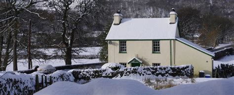 the perfect cottage for your special christmas ellis