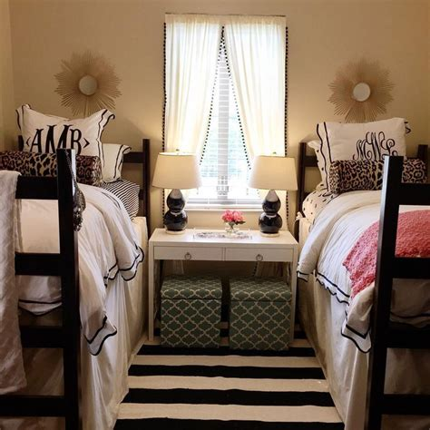 cute dorm room ideas 25 best ideas about cute dorm rooms on pinterest