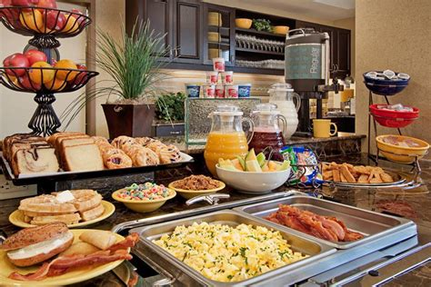 the breakfast buffet at the hton inn lawrenceville
