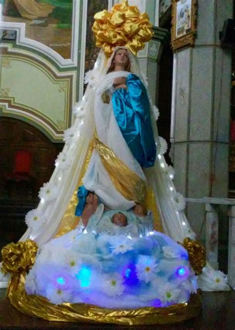 arreglo con globos para altar virgen de guadalupe arreglo de la virgen maria carrozas religiosas pinterest