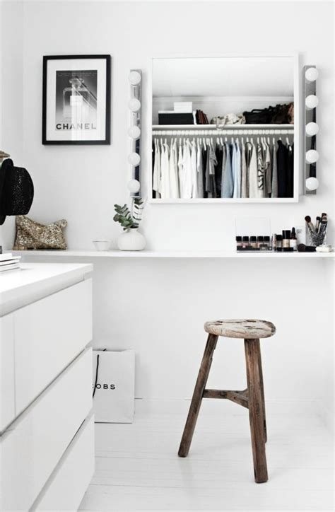 Walk In Closet Dressing Room by Walk In Closet A Dressing Room Plan And Implement