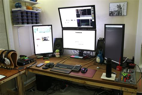 Programmer Desk Setup Programmer Desk Setup Wonderful Workspace Cool Computer Setups Gaming Led Monitor Screen Jpg