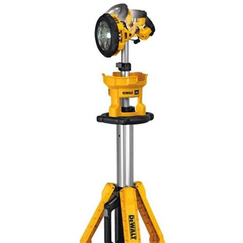 dewalt 20v led light dewalt 174 announces 20v max cordless tripod light dewalt usa