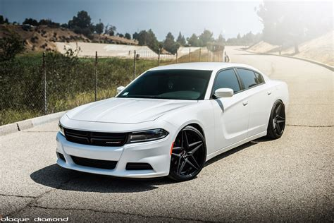 dodge charger and black 2015 dodge charger fitted with 22 inch bd 8 s in two tone