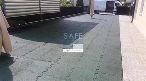 tappeti antitrauma per esterni pavimentazione antitrauma per scuola materna safelog srl