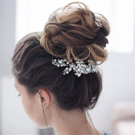 wedding day buns wedding hair beauty photos by bridal beautiful wedding hairstyle for your lovely wedding day