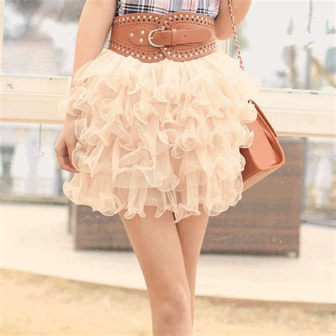 Pretty Wardrobe by Belt Clothes Fashion Legs Animated Gif 232760