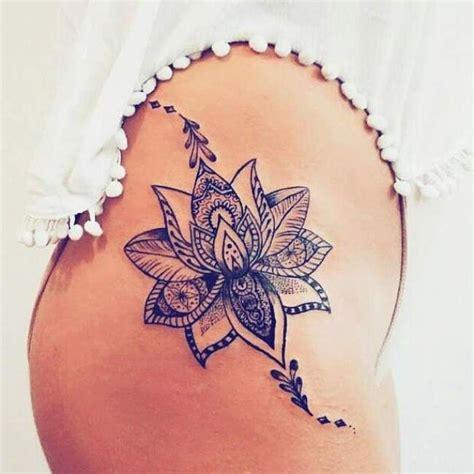 tatto ideas 2017 tatouage femme fleur de lotus noir et