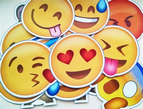 imagenes de caritas deemojis download whatsapp messenger v2 12 165 apk com novos