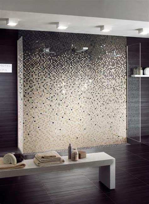 feinsteinzeug badezimmer fliesen feinsteinzeug mosaikfliesen f 252 r wandgestaltung im