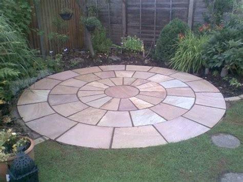 circular sandstone paving kit heritage