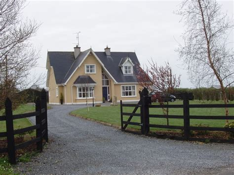 avenue f a contemporary home with a detached guest house modern detached house near newcastle 169 david hawgood