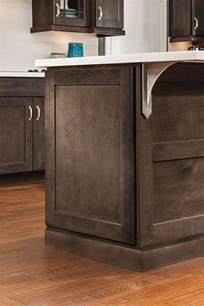 laminate cabinets in a casual kitchen masterbrand